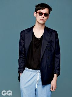 kim wonjoong for gq magazine may issue 2014 Kim Won Joong, Gq Magazine, Korean Model, Prince Charming, Casual, Fashion Design, Shopping, Women, Style