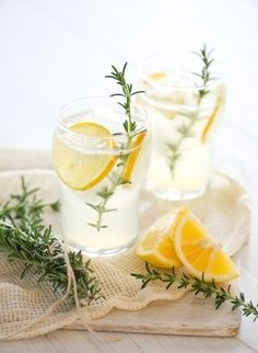 Try serving this rosemary infused lemonade at your next backyard BBQ. #recipes
