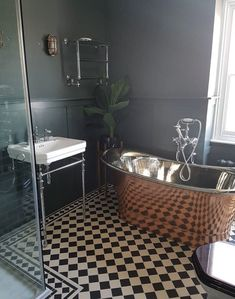 10 Beautiful Rooms: copper bath by Lexden Home Art Deco Bathroom, Diy Bathroom Decor, Simple Bathroom, Bathroom Styling, Bathroom Interior Design, Bathroom Ideas, Bathroom Goals, Bathroom Designs, Upstairs Bathrooms