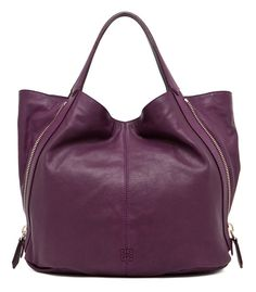 the color. my fave. Givenchy Tinhan Shopper in Aubergine Bagshaw by Elyse Walker Stylish Handbags, Best Handbags, Tote Handbags, Purses And Handbags, Valentino, Givenchy, Dolce & Gabbana, Cartier, Versace