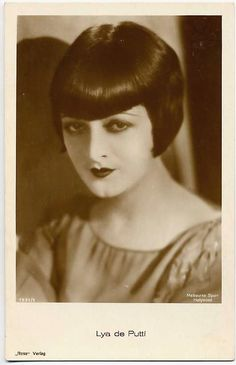 Actresses - Page 5 Old Hollywood Stars, Old Hollywood Glamour, Vintage Hollywood, Classic Hollywood, 1920s Hair, Roaring Twenties, Silent Film, Vintage Beauty, Fashion Photo