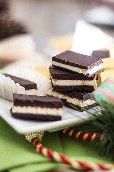 Paleo Dark Chocolate Mint Thins #TheHealthyFoodie