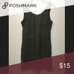 H&M Dark Green Lace Crochet Sleeveless Dress H&M Dark Green Lace Crochet Sleeveless Dress Size 6. Very pretty! H&M Dresses Mini
