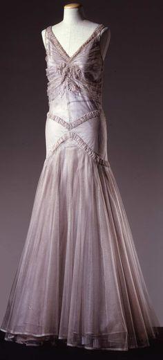 Evening dress, c. 1930-32. Galleria del Costume di Palazzo Pitti.