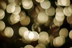 How to Make Magical Christmas Bokeh Photographs