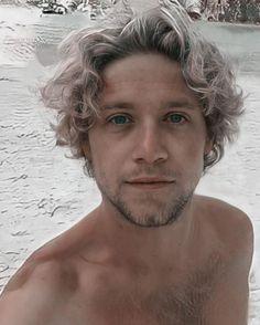 Niall Horan ♡ 5 Best Friends, Niall Horan, Long Hair Styles, Photo And Video, Instagram, Horn, Cute Drawings, Long Hairstyle, Horns