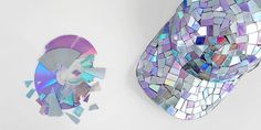 Quer ver 25 ideias de artesanato com material reciclado e aproveitar tudo o que é reciclável e está guardado em sua casa? Então, aproveite todas as ideias e ainda coloque a sua imaginação pra trabalhar e faça as suas próprias ideias para reciclagem de materiais. Invista pesado na reciclagem, e tanto para auxiliar o nosso …