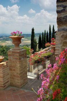 Montefollonico, Tuscany, Italy