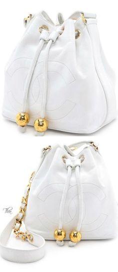 Vintage Chanel bucket bag ♥️♥️ www.thailandlifes... www.trish120.word...
