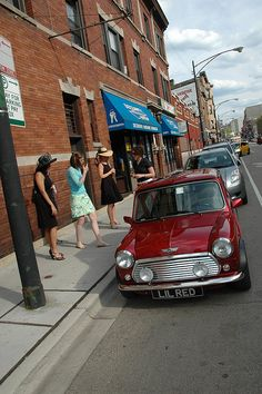 Classic Mini in the city