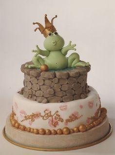 frog prince cake. wow.