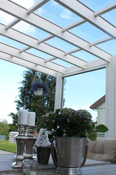 Slik velger du riktig tak til uteplassen - Byggmakker - Lilly is Love Sunroom, Pergola, Cottage, House Design, Outdoor Structures, Cabin, Outdoor Decor, Home Decor, Alice