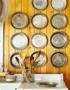 Inspiration Board: 17 Stylish Wall Decors with Kitchen Utensils