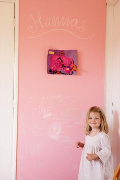 Pink chalkboard - you got to love that! From Shop By Girl via Hus & Hom