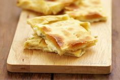 Focaccia di Recco (tourte croustillante au fromage typique de la Ligurie) Ricetta delle Sorelle Simili