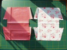 50 Sewing Projects to Use Up All Those Little Scraps of Fabric - Enterson Fabric Bags, Fabric Scraps, Sewing Online, Clutch Pattern, Diy Bags Purses, Creation Couture, Craft Bags, Couture Sewing, Couture Bags