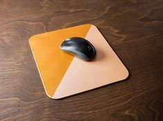 Leather mousepad - GOLD & PEARL / modern office decor, unique gift idea, split color mousepad, veg tanned, desk supply, gift
