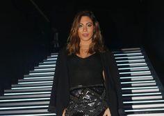 Ευρυδίκη Βαλαβάνη: Το σέξι τσιφτετέλι που έριξε το Instagram! Video Sequin Skirt, Sequins, Skirts, Instagram, Tops, Women, Fashion, Moda, Skirt