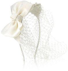 Accessorize Serre-tête orné de dentelle, d'un nœud et d'un voile Charlotte sur shopstyle.fr