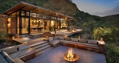 Marataba Trails Lodge is a unique luxury safari lodge specializing in walking safaris in a Big Five game area. Marataba Trails Lodge is a unique luxury safari lodge specializing in walking safaris in a Big Five game area. Chalet Modern, Modern Mountain Home, Mountain Houses, Modern Lodge, Mountain Living, Houses In The Mountains, Modern Cottage, Backyard Patio Designs, Pergola Designs
