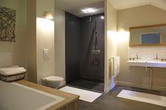 Des salles de bains sobres et sophistiquées   Visite privée - Cotemaison.fr