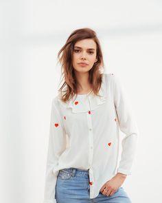 Il y aura beaucoup d'amour dimanche 👉🏻 blouse Hugo d'amour 👉🏻 Look book online J-4 #ilovehugo - #preview #balzac_paris #balzacparis #balzac #nouveautes #newin #coeur #blouse #chemise #love #rendezvous #dimanche