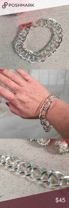 💞Stainless Steel Large Loose Link Bracelet💞 Just in time for Valentines Day.  Comes with gift box ready for gift giving!  Gorgeous stainless steel loose link bracelet.  Size 8.5 inches. New with tags. Offers are always welcome. Jewelry Bracelets