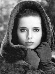 <3 Stunning Isabella Rossellini <3