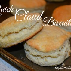 Easy to make biscuit recipe. Impress your family with these homemade biscuits. No Carb Cloud Bread, Low Carb Bread, Keto Bread, Low Carb Keto, Ketogenic Recipes, Diabetic Recipes, Low Carb Recipes, Baking Recipes, Side Recipes