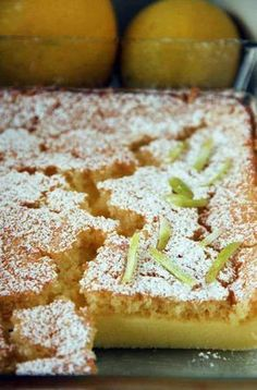 עוגת לימון שעוד לא טעמתם Apple Recipes, Sweet Recipes, Picnic Finger Foods, Sweet Cookies, Cake Cookies, Dessert Cake Recipes, Chewy Chocolate Chip Cookies, Sweet Pie, No Bake Cake