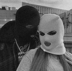 Girl Gang Aesthetic, Badass Aesthetic, Couple Aesthetic, Aesthetic Pictures, Black And White Picture Wall, Black And White Pictures, King And Queen Pictures, Fille Gangsta, Gangster Girl