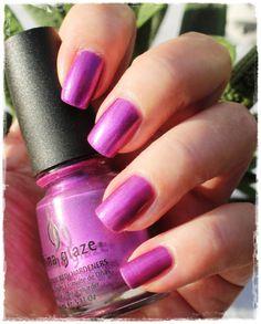 China Glaze - Senorita Bonita China Glaze, My Nails, Nail Polish, Beauty, Pink, Nail Polishes, Manicure, Cosmetology, Polish