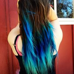 DIY turquoise teal blue ombre hair dye for brown layered long hair girls -Creative blue/green ombre hair dye for vacation