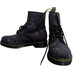 Pre-owned Dr. Martens Cloth Lace Up Boots ($131) ❤ liked on Polyvore featuring shoes, boots, ankle booties, blue, women shoes ankle boots, short lace up boots, lace-up bootie, dr martens boots, bootie boots and laced up boots