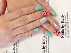 Chervon gel nails