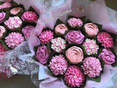 Pretty in Pink baby shower boucakes www.bakedblooms.com