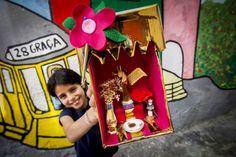 Nestas Festas de Lisboa, os tronos de Santo António renascem e saem à rua - PÚBLICO San Antonio, Lisbon, Birthday Candles, Portugal, Ideas, Street, Porto, Santos, Trips