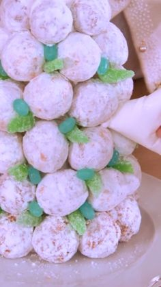 Dress up your holiday tablescape with Sandra's easy Doughnut Tree recipe. Christmas Party Food, Christmas Sweets, Holiday Treats, Holiday Recipes, Donut Tower, Donut Party, Chocolate Covered Strawberries, Dessert Table, Food Network Recipes