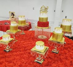 Gold and Red Rose Quince Cakes Quince Cakes, Quinceanera Cakes, Gold Cake, Red Roses, Golden Cake