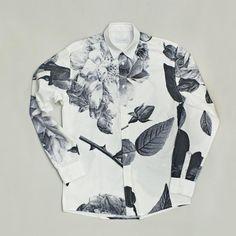 // Rasmussen - floral shirt