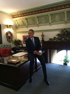 Born in Hawaii, USA, to a Caucasian Christian Mother, a Real Christian, Mr President Barack Obama.