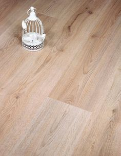 Trend oak brown laminate floor by Kronotex may be at the budget end of our range but we think it offers a lot of floor at a great price. Of course we like to add even more value with a great saving on the RRP. It's European made and has a great click locking system too. All that combined with a tough AC3 rated surface and stunning oak decor.