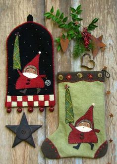 SANTA ON THE WAY by Reet's Rags to Stiches