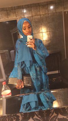 sadgrlclub: dirac flow 💫 Somali - We Love Africans Modern Hijab Fashion, Street Hijab Fashion, Tribal Fashion, Muslim Fashion, Modest Fashion, Girl Hijab, Hijab Outfit, Eid Outfits, Fashion Outfits