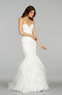 Tia Adora by Alvina Valenta - Sweetheart Mermaid Gown in Chantilly Lace