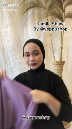 Casual Hijab Outfit, Ootd Hijab, Girl Hijab, Muslim Fashion, Hijab Fashion, Diy Fashion, Fashion Tips, Simple Hijab Tutorial, Hijab Style Tutorial