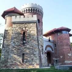 Vlad Tepes (Vlad the Impaler) #castle in #Bucharest http://www.earthsattractions.com/vlad-tepes-castle-in-bucharest/ #travel #Europe