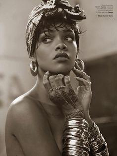 Rihanna estrela a edição de maio da Vogue em cliques de Mariano Vivanco