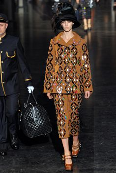 Louis Vuitton Fall 2012 Ready-to-Wear - Collection - Gallery - Style.com