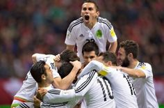 """Con tantos de Javier Hernández y el debutante Hirving Lozano en un lapso de ocho minutos, México rompió una sequía de casi 23 años sin triunfos en Canadá al imponerse el viernes por 3-0 y mantener el paso perfecto en las eliminatorias de la CONCACAF rumbo al Mundial de Rusia 2018. El """"Chicharito"""" Hernández […]"""
